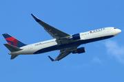 Boeing 767-332/ER (N190DN)