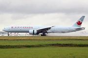 Boeing 777-333/ER (C-FIVX)