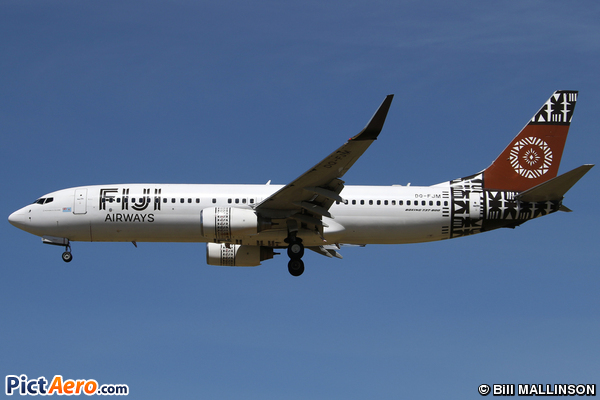 Boeing 737-86J/WL (Fiji Airways)