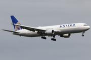 Boeing 767-322/ER (N647UA)