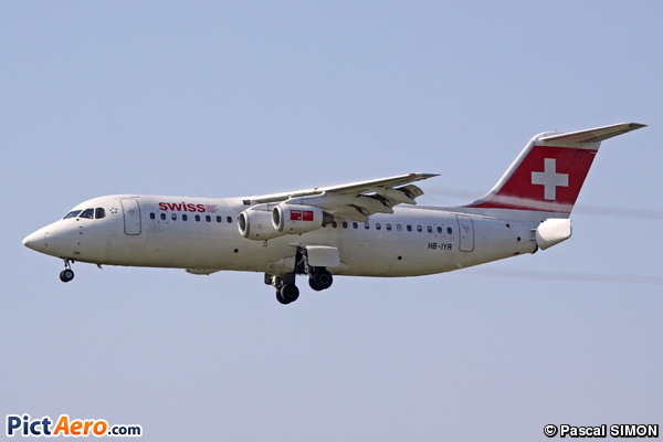British Aerospace Avro RJ100 (Swiss European Air Lines)