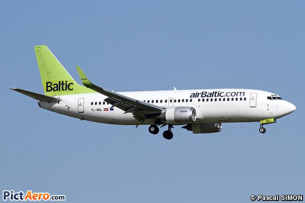 Boeing 737-33V (Air Baltic)