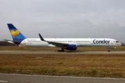 Boeing 757-330 (G-JMOE)