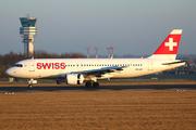 Airbus A320-214 (HB-IJB)