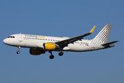Airbus A320-214 (EC-LVO)
