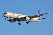 Boeing 757-224(WL) (N13110)
