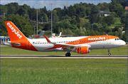 A320-214 WL (G-EZPM)