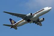 Boeing 777-212/ER (9V-SRP)