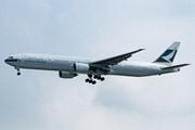 Boeing 777-367 (B-HNE)