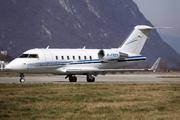 Canadair CL-600-2B16 Challenger 605 (M-FRZN)