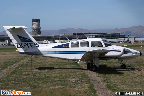 Beech 76 Duchess (Private)