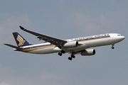 Airbus A330-343 (9V-SSH)