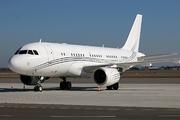 Airbus A319-115X/CJ (G-NOAH)