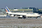Airbus A340-311 (F-GLZI)