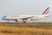 A320-214 WL (F-HEPH)