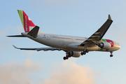 Airbus A330-202 (CS-TON)