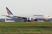 Boeing 777-228/ER (F-GSPM)