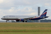 Airbus A321-211 (VQ-BEF)