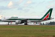 Airbus A320-214 (I-BIKC)