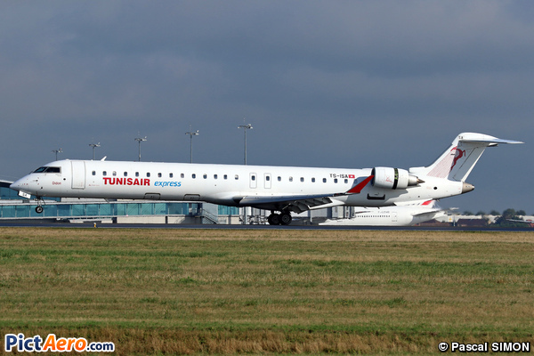 Bombardier CRJ-900ER (Tunisair Express)