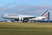 Boeing 777-228/ER (F-GSPS)