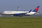 Boeing 767-324/ER
