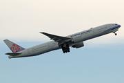 Boeing 777-36N/ER (B-18052)
