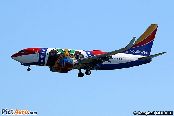 Boeing 737-7H4/WL (Southwest Airlines)