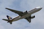 Boeing 777-212/ER (9V-SRQ)