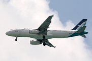 Airbus A320-233 (9V-SLL)