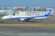 Boeing 777-381 (JA752A)
