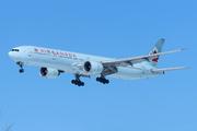 Boeing 777-333/ER (C-FIVR)
