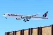 Boeing 777-3DZ/ER (A7-BAV)