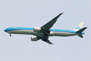 Boeing 777-306/ER (PH-BVR)