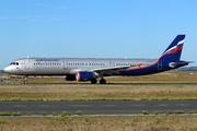 Airbus A321-111 (VQ-BEG)