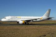 Airbus A320-214 (EC-LOP)