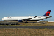 Airbus A330-323X (N813NW)