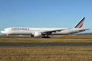 Boeing 777-328/ER (F-GZNF)