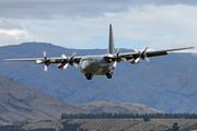 Lockheed C-130H Hercules (L-382) (NZ7001)