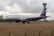Airbus A320-214 (VP-BWE)