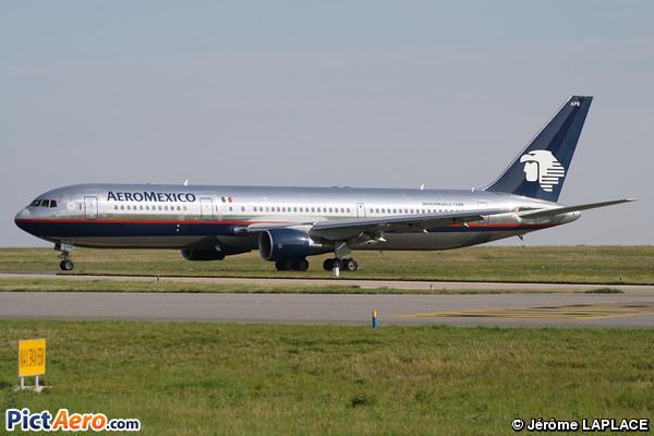 Boeing 767-3Q8/ER (Aeroméxico)