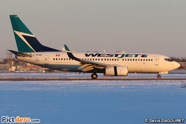 Boeing 737-76N (WestJet Airlines)