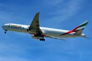 Boeing 777-31H/ER (A6-ECJ)