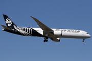 Boeing 787-9 Dreamliner (ZK-NZK)
