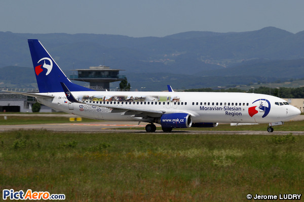 Boeing 737-8CX/WL (Travel Service)