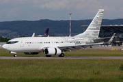 Boeing 737-7LT BBJ