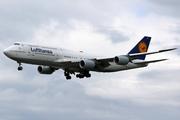Boeing 747-830 (D-ABYK)