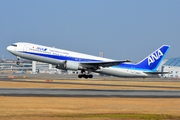 Boeing 767-381 (JA8567)