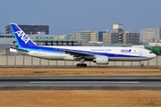 Boeing 777-281