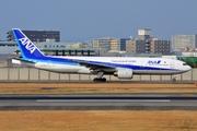Boeing 777-281 (JA706A)
